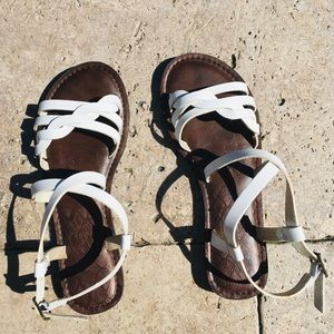 Women's white and brown sandals💫
